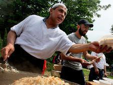 Туристы выбрали российский город с самой вкусной едой - Экономика и общество
