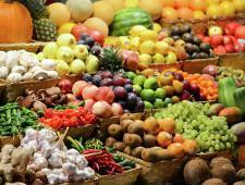 Роспотребнадзор снял с реализации более 390 тонн фруктов и овощей