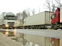 Российские грузовики пока не пересекают границу Белоруссии и Украины - Логистика - TKS.RU