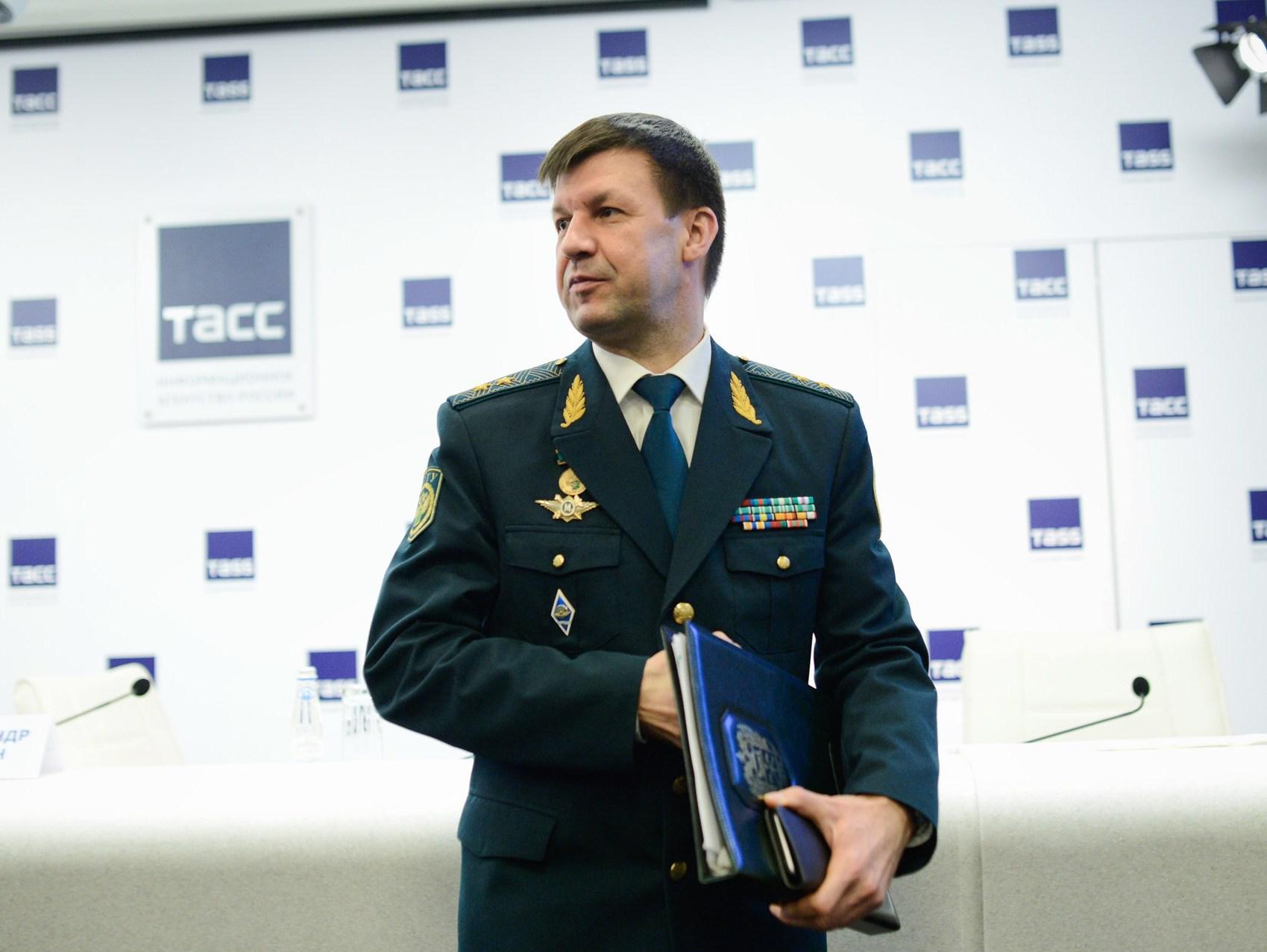Хочешь работать — давай 1 млн рублей. В Выборге растаможили нешуточный скандал