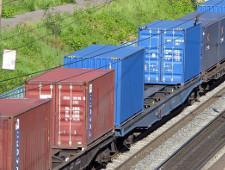 За два месяца 2017 года перевозки груженых контейнеров на сети РЖД выросли на 25% - Логистика - TKS.RU