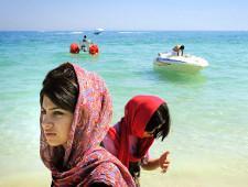 Российским туристам предложили отдых на пляжах Ирана - Обзор прессы