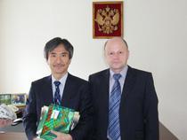Оперативную таможню посетил японский консул - Новости таможни - TKS.RU