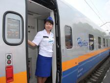 Парламент Казахстана ратифицировал протокол с РФ об отмене проверки транзитных поездов
