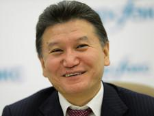 Придуманная отставка: президент FIDE Илюмжинов остается на своем посту