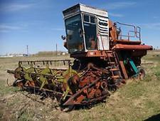 Минсельхоз заявил о потерях 10-15 млн тонн зерна в год из-за недостатка сельхозтехники