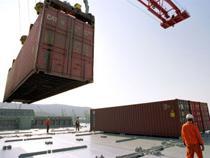 Контейнерооборот морских портов Украины в 2015 году упал на 28,2% - Логистика - TKS.RU