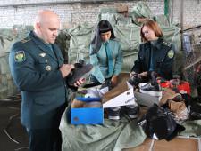 Самарская таможня выявила более 11 тысяч единиц контрафактной обуви из Кыргызстана - Криминал - TKS.RU