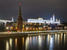 Кремль обяжет власти регионов отслеживать в соцсетях посты недовольных жителей. И реагировать на них в течение суток