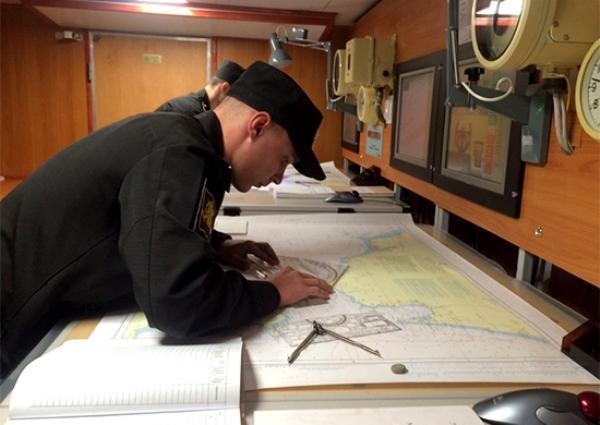 Курсанты Петербургского военно-морского института рассказали о вымогательстве денег командирами - Экономика и общество