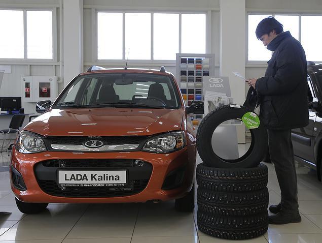 Интерес к продукции российского автопрома за границей серьезно растет - Обзор прессы