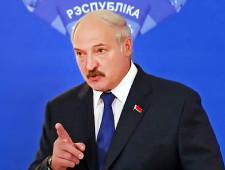 Лукашенко: Белоруссия не намерена сворачивать военное сотрудничество с РФ