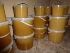 В Бугристом пресечен ввоз 360 кг мёда из Казахстана