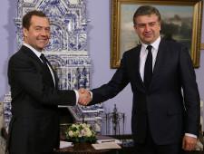 РФ и Армения договорились о взаимных поездках граждан по внутренним паспортам