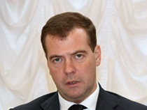 Д.Медведева просят не ограничивать параллельный импорт товаров - Новости таможни - TKS.RU