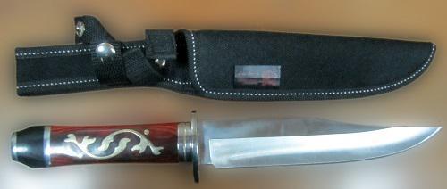 В багаже туристки хакасские таможенники обнаружили нож - Криминал