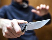 На координатора штаба Навального в Барнауле напали с ножом