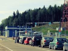 Госдума одобрила создание электронной очереди на границе РФ