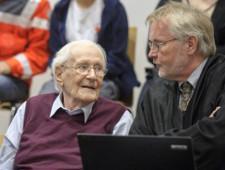«Бухгалтер Освенцима», приговоренный к тюремному сроку, умер в возрасте 96 лет - Экономика и общество