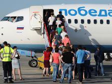 Победа поблагодарила экипаж рейса, с которого сняли волейболиста Кимерова - Экономика и общество