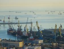 НМТП в январе-апреле возглавил рейтинг грузовых терминалов России с оборотом 26 млн тонн - Логистика