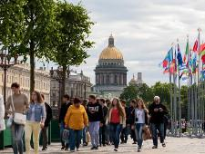 Поток туристов из Китая в Петербург вырос на 67% - Экономика и общество - TKS.RU