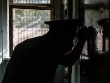 ФСИН признала систематические пытки заключенных в петербургском СИЗО