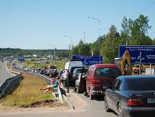 Финские пограничники нашли способ справиться с наплывом россиян - Обзор прессы - TKS.RU