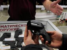 Россия планирует новые поставки пистолетов Оса силовым структурам США