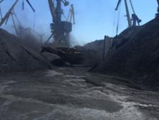 Депутаты готовы смягчить готовящийся запрет на открытую перевалку угля - Логистика
