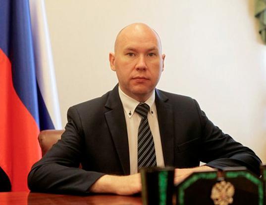 Обвиняемого в госизмене Александра Воробьева убрали из списка помощников на сайте полпредства - Экономика и общество