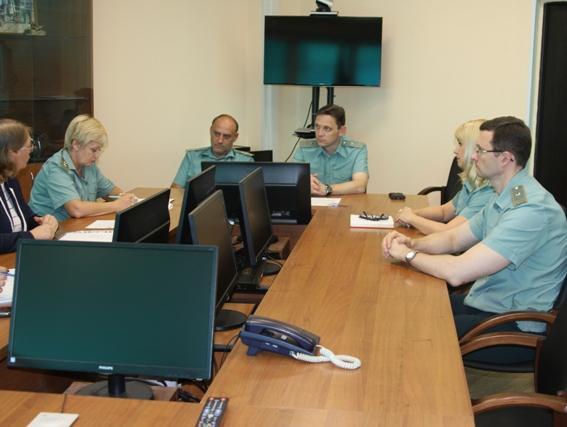 В Ульяновской таможне состоялась встреча с представителями Ульяновского государственного университета - Новости таможни - TKS.RU