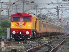 Петербургская компания наладит связь с железной дорогой Индии - Обзор прессы